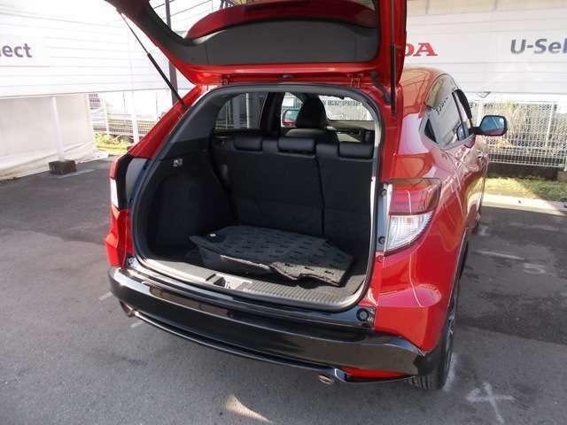 【トランク容量】トランク荷室十分な容量あります。