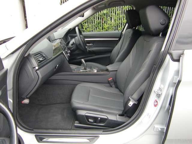 フロントシートは、3段階のシートヒーターが装備されておりますので、寒い季節もポカポカ快適です!