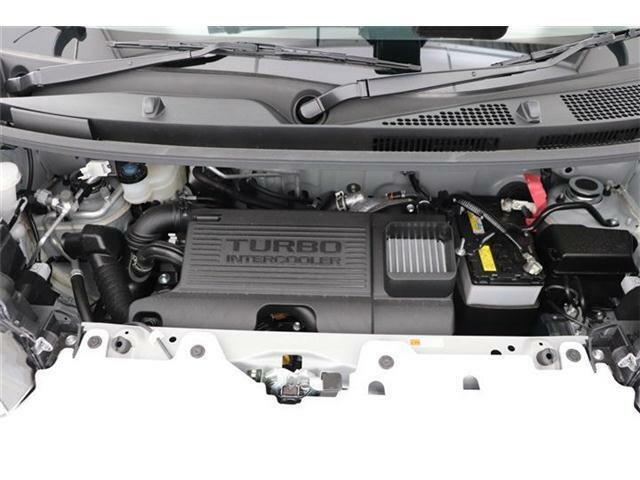 エンジンはターボ搭載で快適な走りをお楽しみいただけます。