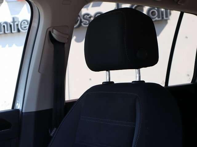 [ロードアシスタンス]保証期間中、24時間サポート可能なロードサービス付き。代替え交通手段のご案内や、牽引サービス等、認定中古車ならではの充実したサポートを、ご提供しております。