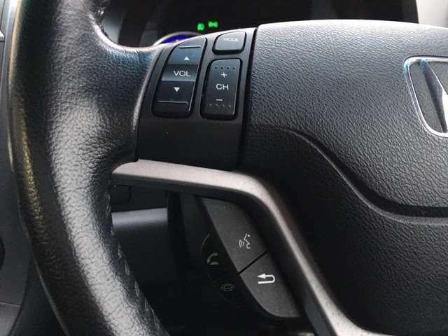 Aプラン画像:ステアリングリモコン付♪運転中にステアリングから手を離さずにオーディオ操作が可能なので、運手に集中し安全・安心にドライブ出来ます♪