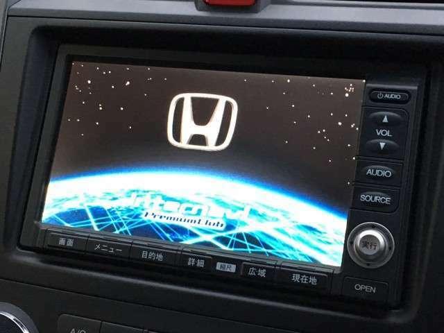 純正HDDインターナビ(*'▽') CD・DVD再生・HDDにお好きなCD音源録音可能♪ 駐車後退時に安心のバックモニター付♪