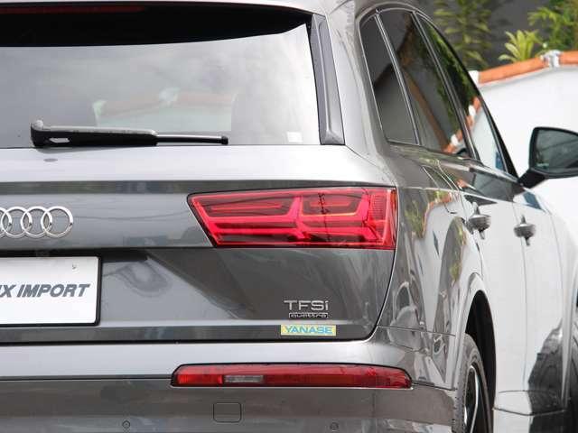 【AVIX IMPORT沖縄へようこそ】この度は弊社人気車両をご覧頂き誠に有難う御座います!当店は高品質!低価格!車両装備!3拍子揃った車種をご用意してます!無料通話【0120-39-8150】