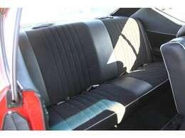 シート、天張り、カーペット張替え済みできれいな車内に仕上がっております☆