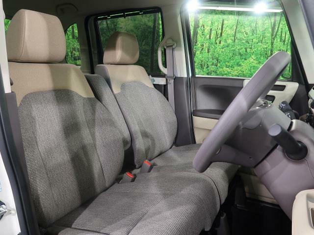 運転席は視点が高いので、女性の方も運転がしやすいと思いますよ!