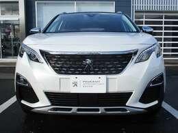 北海道最大級の輸入車専門大型展示場 常時120台を超えるお車をご覧いただけます。展示場に無いお車も全国よりお探しいたします。