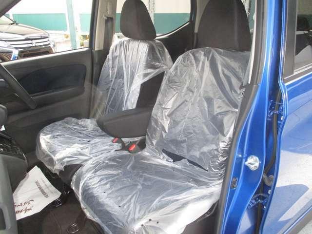 運転席&助手席シートヒーターも付いています!