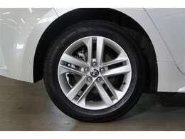 正規トヨタディーラーだからこその安心感。全国約5000のトヨタのお店で整備と保証が受けられます!