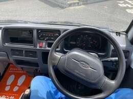ユーザー様より買い取りワンオーナー車両、ダンプ、4WD、MT