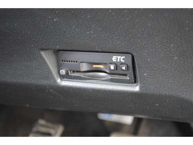 純正ビルトインETCが装備ですので、当社にてセットアップを行います