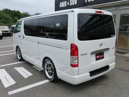 ベース車両はガソリンでもディーゼルでも2WDでも4WDでもワイドボディーでも製作可能です!