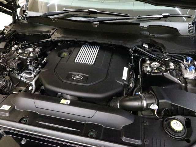 3.0Lディーゼルターボエンジン搭載!!トランスミッションは8速オートマチックを採用。是非ご体感下さい!!