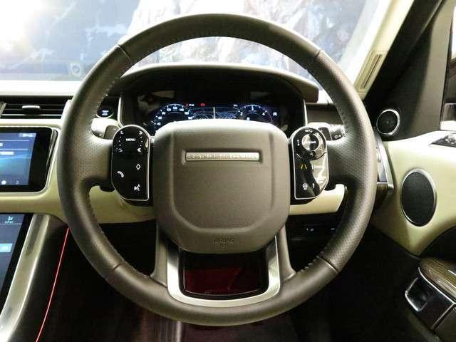 ヒートステアリングホイール「ボタン一つで、運転中の手を温め、快適なドライブをアシストしてくれます。」