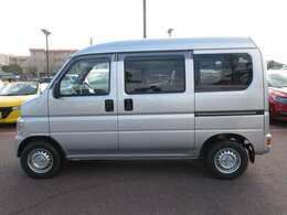 車体サイズは、全長339cm、全幅147cm、全高188cmです。
