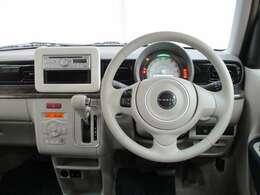 運転席はドライバ-の●居心地●や、運転の●快適性●を左右しますね!クリ-ニング済みで汚れのない席で、気持ちよくご使用ください♪