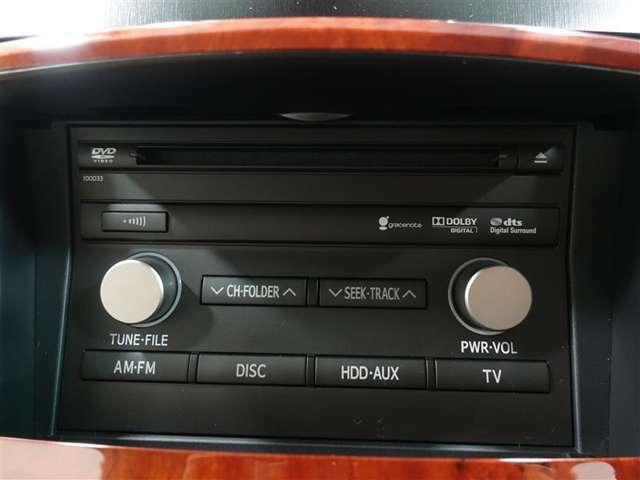 オーディオは純正CDラジオ装備!純正だからインパネにジャストフィットしています。