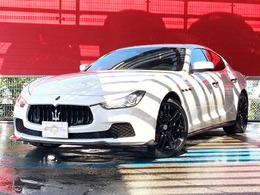 マセラティ ギブリ S ディーラー車・黒革・サンルーフ・ナビETC