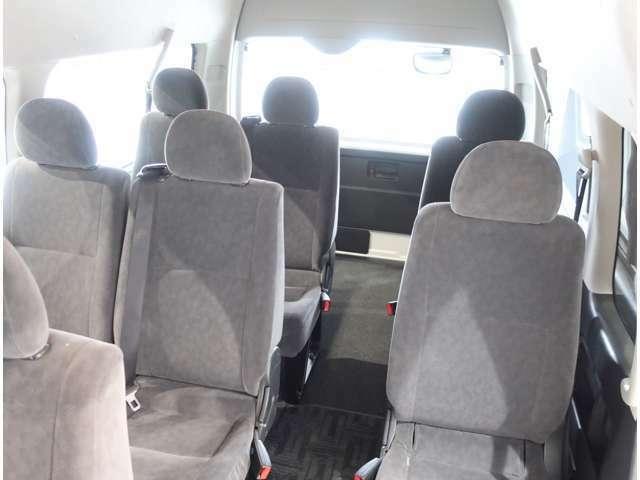 たくさん乗れる10人乗り♪普通免許で運転できます(^^)