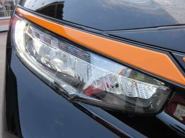 フルLEDヘッドライトユニット♪ ウィンカーまでLEDとなります♪ 夜間も明るく、夜道も安心ですね♪