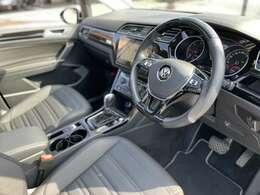 VWオールインセーフティ パワードリアゲート キーレスアクセス LEDヘッドライト パーキングアシストVWオールインセーフティ パワードリアゲート キーレスアクセス LEDヘッドライト パーキングアシスト