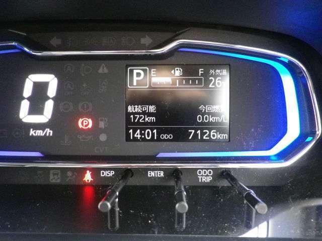 走行距離は7200キロです。まだ新しいお車です!