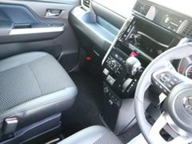 ●遠方にお住いのお客様もご安心下さい。車両品質評価書・車両画像送信・お電話での詳細説明をもとに多数の販売実績がございます。
