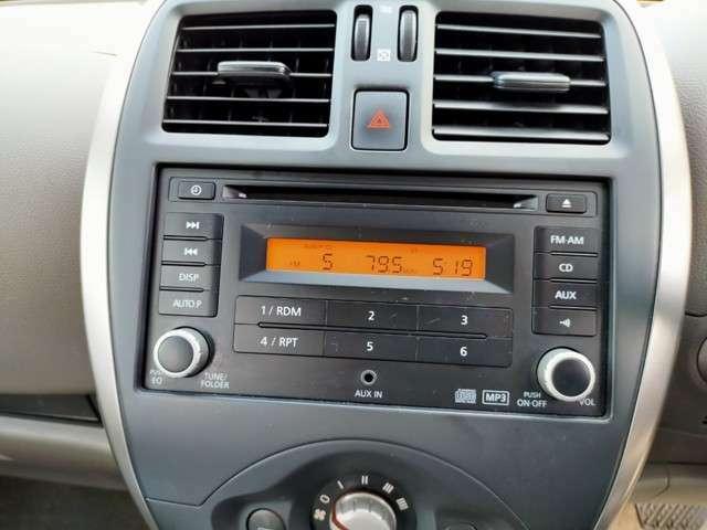 運転のお供に嬉しいAUX入力付き!アナタ好みの音楽を聴きながら素敵なカーライフを・・・