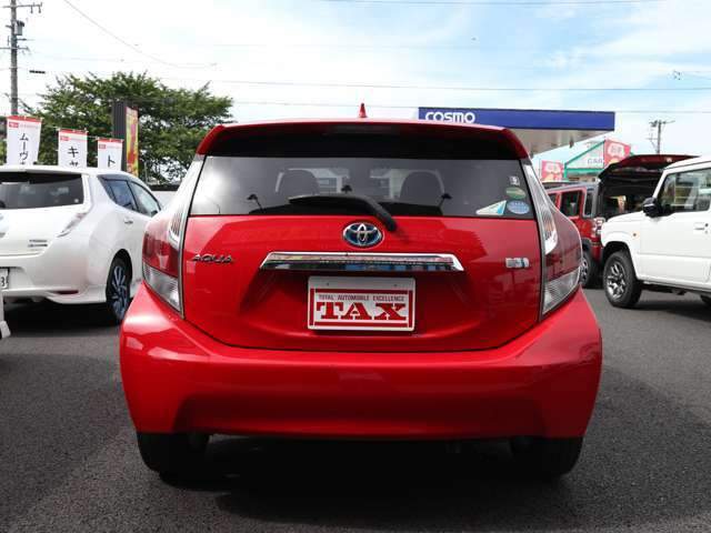 ●車が安いと思ってお店に行くと諸費用が50万円もした!という経験はありませんか?当社は支払い総額を推奨していますので、これ以上の費用は一切かかりません。(陸送費用は別途)安心してご来利用ください。