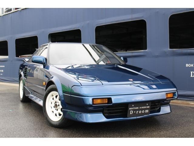 日本初のミッドシップスポーツカーMR2 AW11後期モデル、人気のマニュアルミッション入庫致しました☆