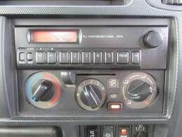 AM/FMラジオ・マニュアルエアコンです☆