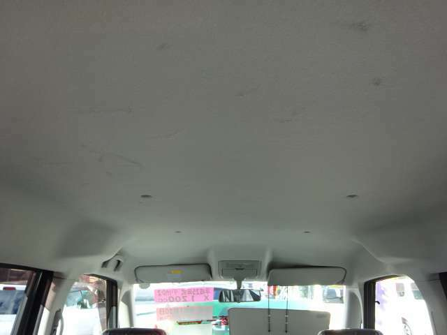 天井の状態。汚れ・傷少しあります。