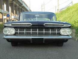 車両サイズ:長さ528cm幅205cm高さ140cm