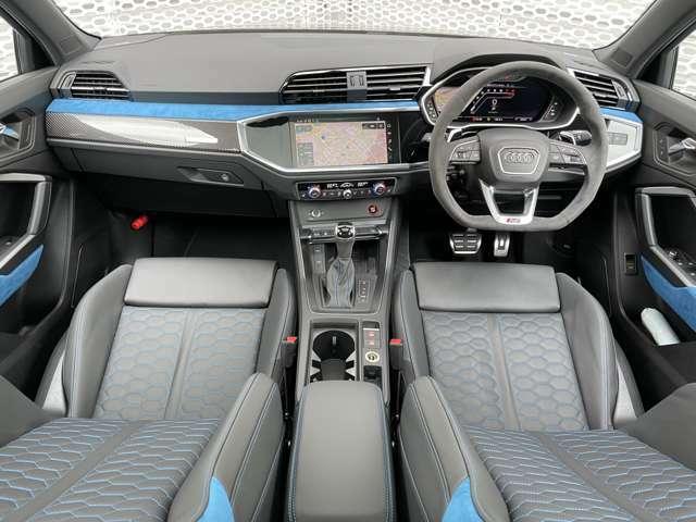 認定中古車だけでなく正規ディーラーならではの特別なご案内のできる新車も多数ございますので是非お気軽にご相談、ご来店くださいませ。