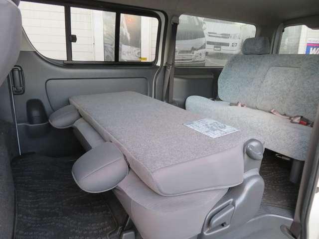 スーパーGLディーゼル4WDワゴンで8人乗り、お探しの方もいらっしゃると思います。3型070パールカラーでの入庫です。