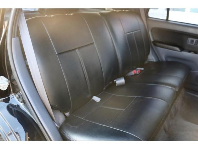 後部座席もご覧の通り綺麗な状態です!