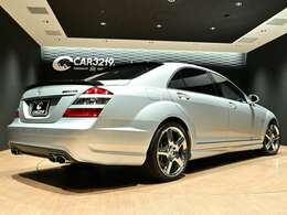 ラグジュアリー且つスポーツ走行も可能な【AMG S65ロング】の登場です!内外装とてもキレイです!お問合せお待ちいたしております!