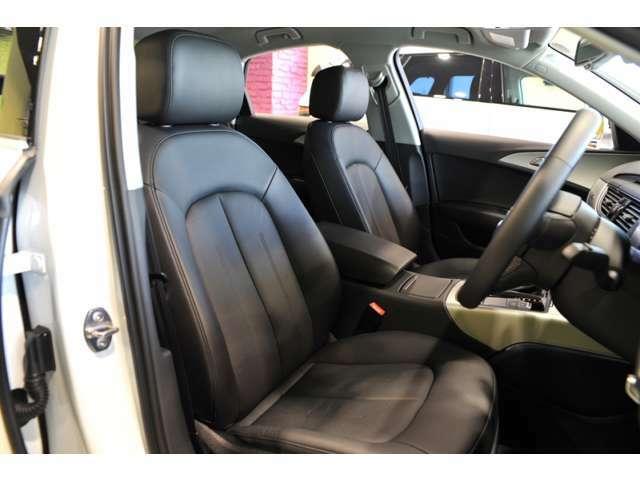 アウディのレザーシートは、ドライバーをいっそう心地良い空間い連れて行ってくれます。