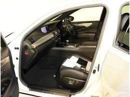 AISとは、お車の鑑定士が、外装、内装、エンジン等の機関系、324項目に及ぶ車輌状態の検査をして車の品質を評価する「中古車検査品質基準」です。買って安心、乗って安心!!AISライセンス取得者在籍店です
