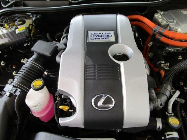 カタログ燃費23.2km/lの低燃費ハイブリッドエンジン!