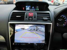 社外カロッツェリア8型メモリーナビ付き♪ ガイド線付バックカメラで駐車も安心ですね♪ 広角のカメラを使用しております♪