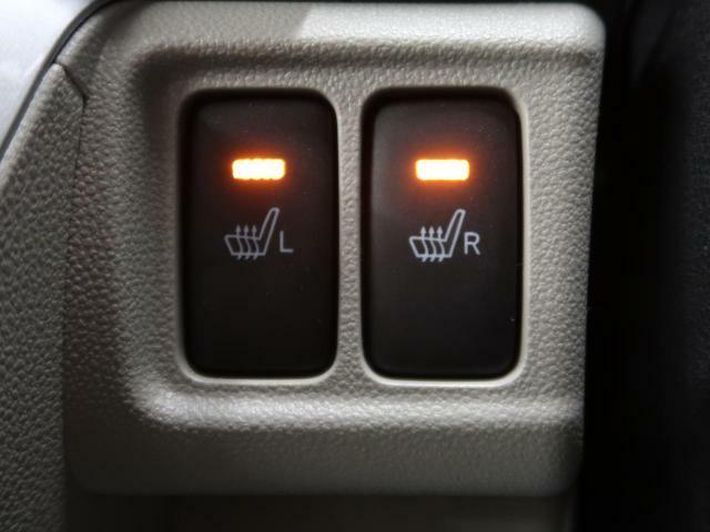 【シートヒーター】装備車☆寒い冬でも自然な暖かさでお体を包んでくれ、快適なドライブをお過ごしいただけます。心が冷め切ってしまったときでも、暖めてくれるでしょう♪