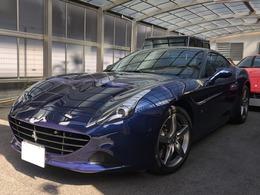 フェラーリ カリフォルニアT F1 DCT カーボンステアリングドライバーゾーン