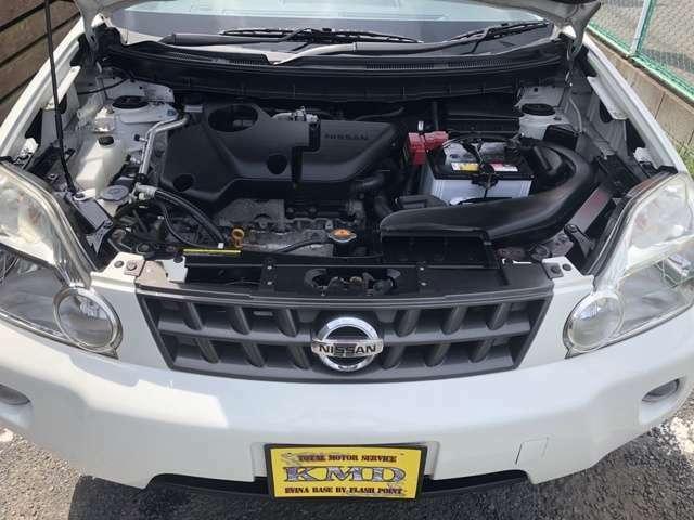 エンジンルームです。タイミングチェーンのお車ですのでコスパ◎!!納車前にはしっかり整備させていただきます!車検取得いたしますので、厳しい車検時の点検項目もしっかりと点検させていただきますm(__)m