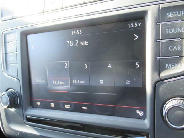 (Composition Media)CDラジオ再生だけでなく、Bluetooth接続によるハンズフリー通話や音楽再生も出来る優れものです。