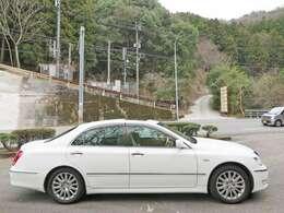 お手頃価格のお車を展示してますのでお客様も見やすい車を展示しております♪
