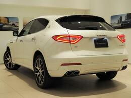 Levante Diesel 275馬力(カタログ値)純正OP総額:1,584,000円 21インチアンテオホイール・プレミアムパック・フルナチュラルレザー・12方向パワーフロントシート