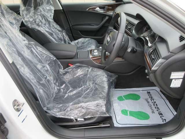 ☆黒革メモリ付き電動シート、シートヒーターも装備されております☆