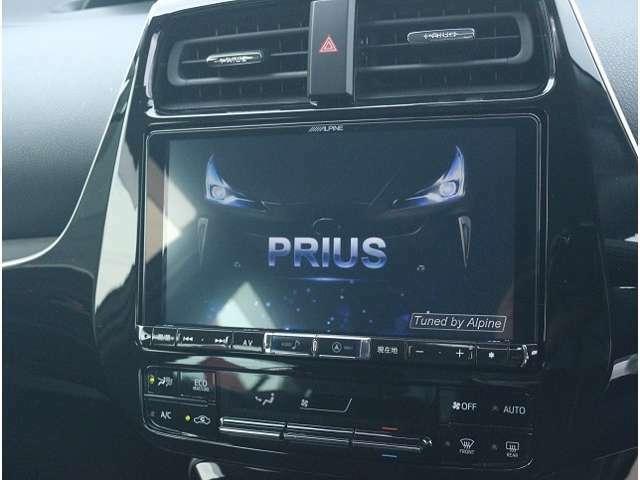アルパイン製9インチSDナビをオプションで取付可☆地デジTV、CD・DVD再生・音楽録音・Bluetooth機能付き☆高画質・高音質で快適なドライブがお楽しみ頂けます☆走行中もテレビ映ります☆