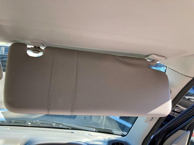 取り回しがよく、小回りがききます。駐車もしやすいので初心者の方でも乗りやすいクルマです(*´з'*)