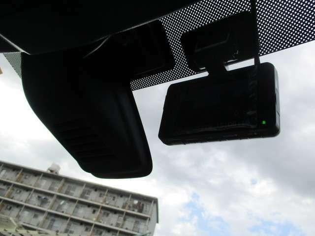 ドライブレコーダーが付いていますので、いざという時も安心です。